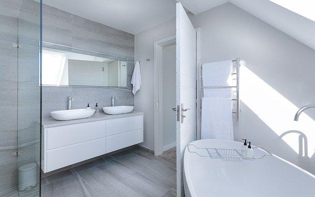 modernizar tu baño ahorra agua