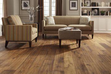 Casa con piso de madera