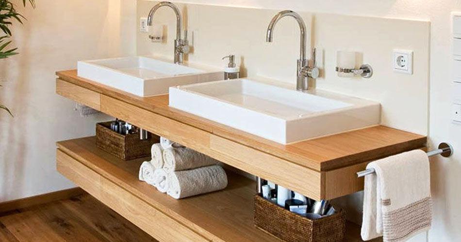 Baño con tablero..