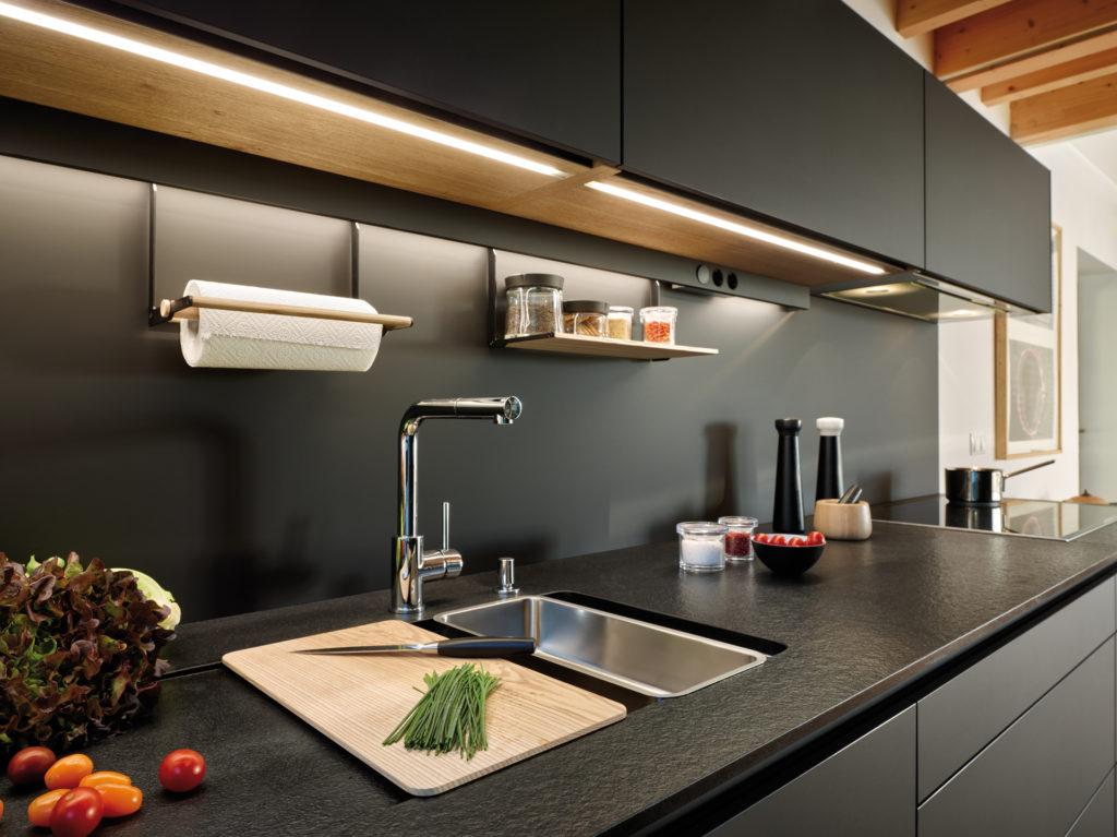 Cocina moderna con almacenamiento